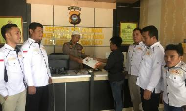 Dugaan Kasus Pelangaran Pemilu Melibatkan Oknum Anggota DPRD Kabupaten Gorontalo Resmi Di Serahkan Ke-Kopolisian