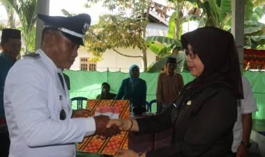 Sekda Lantik Kades PAW Desa Karya Indah