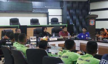 Sekda Hadijah U.Tayeb Lepas Tim Liga U=14 Ke Solo Jawa Tengah