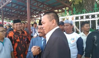 Saat Pelantikan DPRD Kabupaten Gorontalo, Dr.Rustam Akili : Sehan Landjar Sangat Paripurna Jadi Calon Gubernur Gorontalo