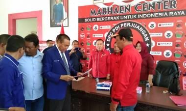 Breaking News : Dr.Rustam Akili Mendaftar Calon Bupati Di DPC PDI Perjuangan Kabupaten Gorontalo