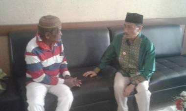 Bupati Kabupaten Gorontalo, Prof. Nelson Pomalingo Adalah Sosok Yang Melayani Tanpa Sekat