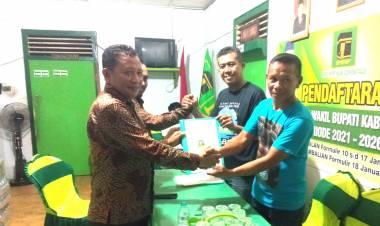 """""""Malam Ini""""  Amir Saputra Gani Daftarkan Diri Sebagai Wakil Bupati Prof. Nelson Pomalingo Di PPP"""