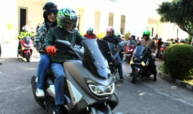 Berkujung Ke Manado, Nelson Pakai N-Max Bersama Rombongan
