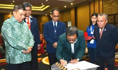 Wagub Idris Rahim : Hadir-nya Perdatin di Gorontalo Harus Dapat Meningkatkan Pelayanan Kesehatan Kepada Masyarakat