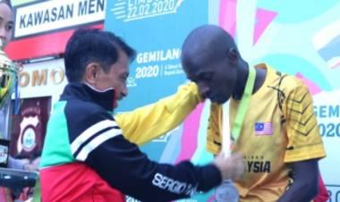Pelari Thomas Maritim  Mencatakan Waktu 00:35:54,  10K GemilangRun2020