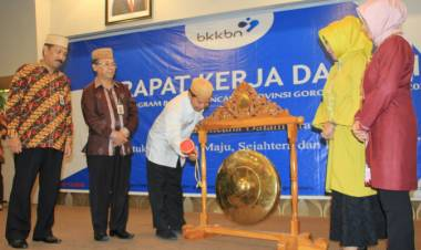 Darda Daraba : Kegiatan Ini Sangat Tepat Mensinkronkan Program BKKBN Pusat, Provinsi dan Kabupaten/Kota