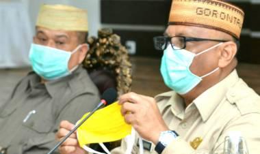 Gubernur Ajak Pimpinan OPD Bantu Masker, Rusli Habibie : Guna Memberdayakan Penjahit Lokal