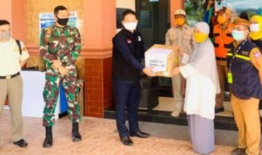 5.300 Reagen Kit Diserahkan Anggota DPR-RI ke BPOM