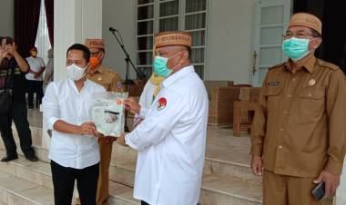 PT. Hasrat Abadi Gorontalo Berikan Bantuan Ribuan Alat Kesehatan Ke Pemrov Gorontalo