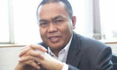 Dr. Rustam Hs. Akili  Tanggapi Dingin Atas Informasi Yang Beredar , Jika Rachmat Gobel Masuk Bursa Menteri