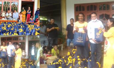 Tenaga Ahli Wakil Ketua DPR-RI, Dr. Rustam Hs. Akili, Salurkan Sembako Pada Korban Banjir