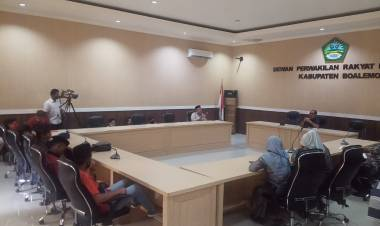 Komisi I DPRD Boalemo Menerima Masa Aksi AMPD