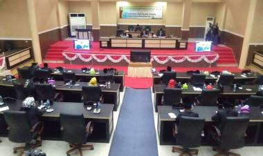 Ketua DPRD Eka Putra, Pimpin Rapat Paripurna Istimewa HUT Boalemo ke-21