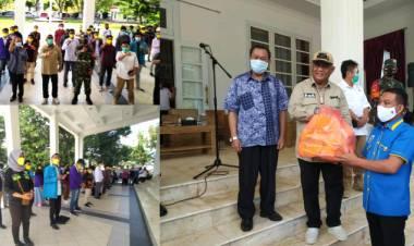 Gubernur Gorontalo Serahkan Belasan Ribu Masker di Hari Sumpah Pemuda