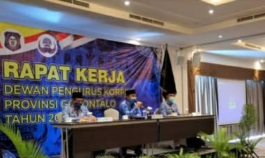 Darda Daraba Membuka Raker Dewan Penggurus KORPRI Provinsi Gorontalo