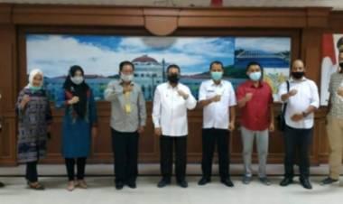 Wagub Gorontalo Terima LBH UG Diruang Kerjanya