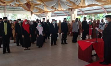 Anas Jusuf Lantik 63 Orang Pejabat Administrator dan Pengawas di Lingkungan Pemkab Boalemo.