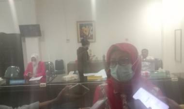 Komisi 2 Mediasi Nasabah dan PT SMS Finance