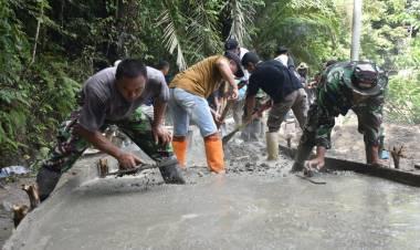 Tanpa Kenal Lelah dan Hari Libur, Satgas TMMD Kodim 1304/Gorontalo dan Warga Tetap Semangat Bekerja