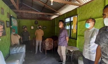 Adnan Memastikan Seluruh Korban Kebakaran di Tabongo Timur Mendapat Bantuan Isi Rumah