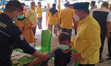 Golkar Kota Gorontalo Gelar Vaksinasi dan Donor Darah, Marten: Kami Bekerja Sepanjang Masa, Bukan Nanti Tiba Perhelatan Politik