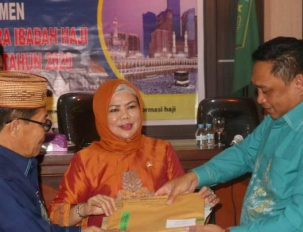Anggota Komisi VIII DPR-RI Idah Syahidah Hadiri  Seleksi Petugas Haji 2020