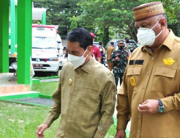 Gubernur Gorontalo Didampingi Bupati Nelson Pomalingo Tinjau Tempat Isolasi Pasien COVID-19 di Limboto