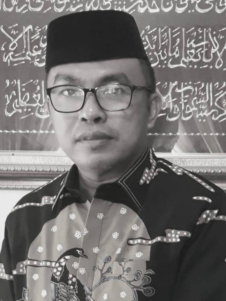 DPRD Kabupaten Gorontalo Studi Komparatif  Di Bolmong Raya