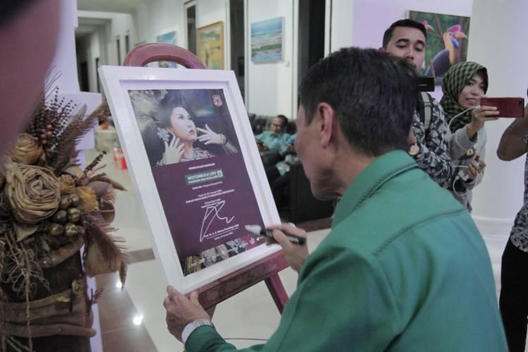 Bupati Gorontalo Nelson Pomalingo hadiri Kegiatan Pameran Seni Rupa Perupa Gorontalo