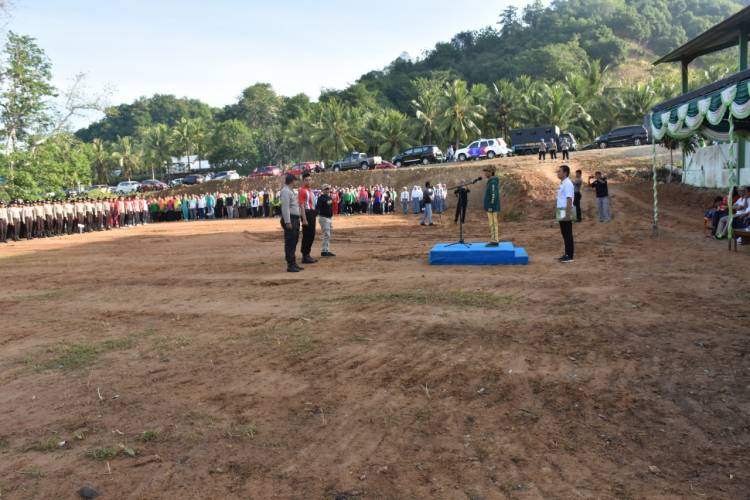 Bupati Nelson Pomalingo Gelar Apel Bersama Di TPA Talumelito