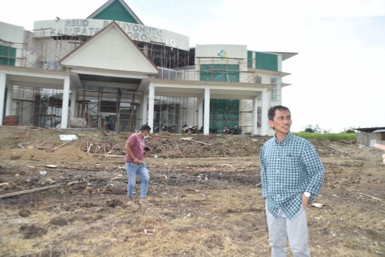 Bupati Nelson Pomalingo : Pekerjaan RSB Satu-Satunya Bangunan Di Kabupaten Gorontalo Yang Miliki Lift