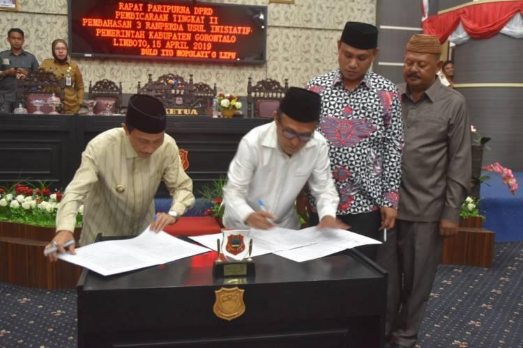 Tiga Ranperda Eksekutif Disahkan Oleh DPRD Kabupaten Gorontalo