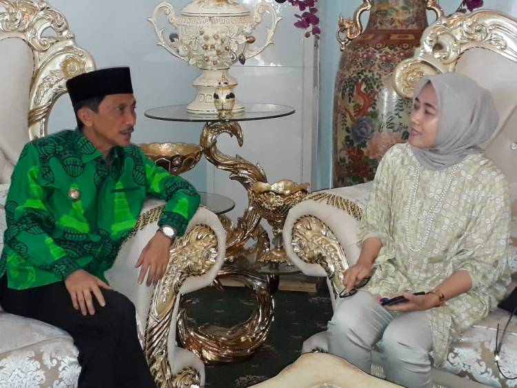 Bupati Gorontalo Nelson Pomalingo Menerima  Audiance Kakanwil Perbedaharaan Gorontalo