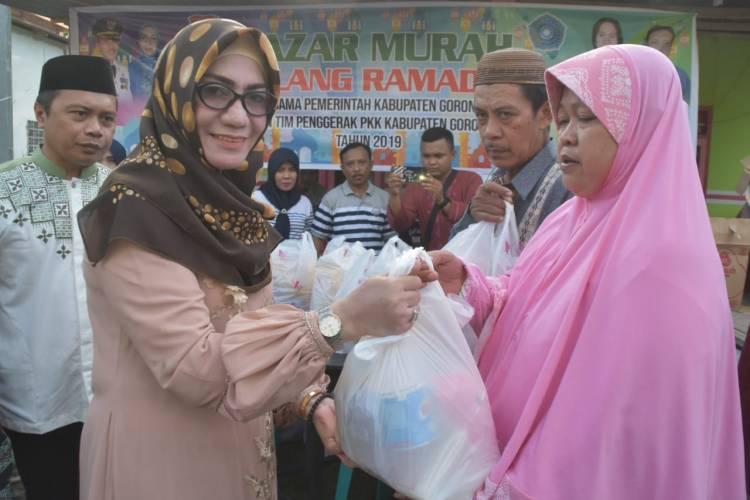 Bazar PKK Di Padengo Mendapat Antusias Warga Setempat
