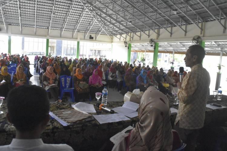 Sang Profesor Terus Genjot Dana Pendidikan Di Kabupaten Gorontalo