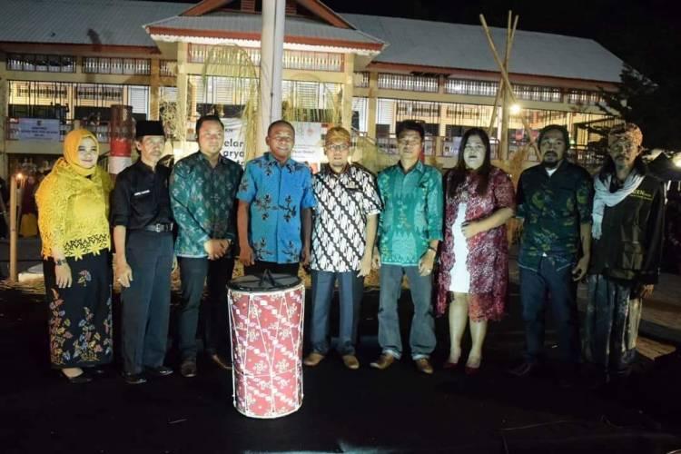 Wali Kota Palu Menutup Secara Resmi Kegiatan Gelar Karya Nusantara