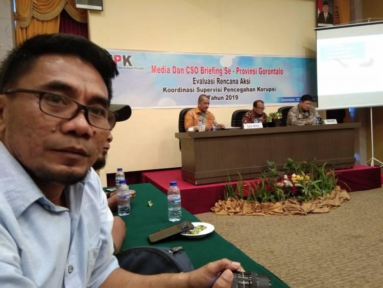 Insiden Pertemuan Wartawan Dan KPK, Ridwan Mooduto : Tutup Dan Bubar Saja
