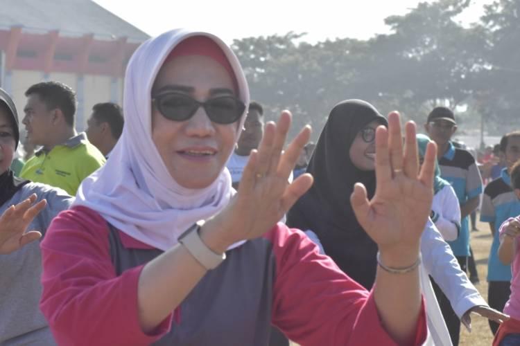 Dr. Fory Naway Libatkan Diri lewat Oraganisasi Wanita Untuk Meriahkan FPDL