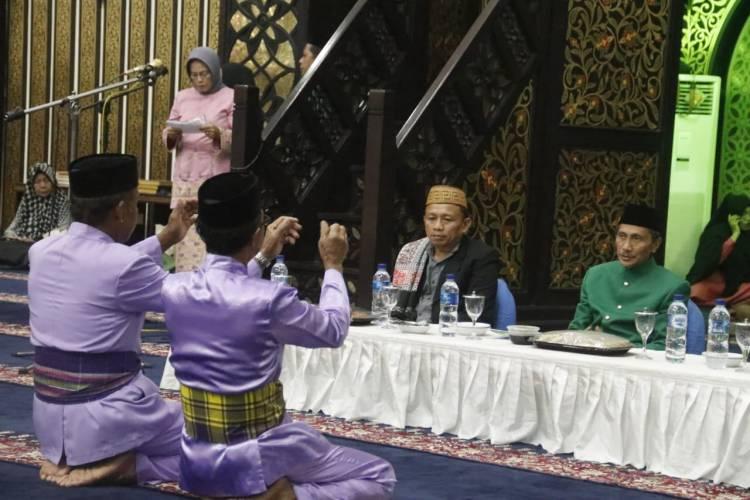 Pemda Peringati Hari Asyura Di Masjid Baiturrahman Limboto