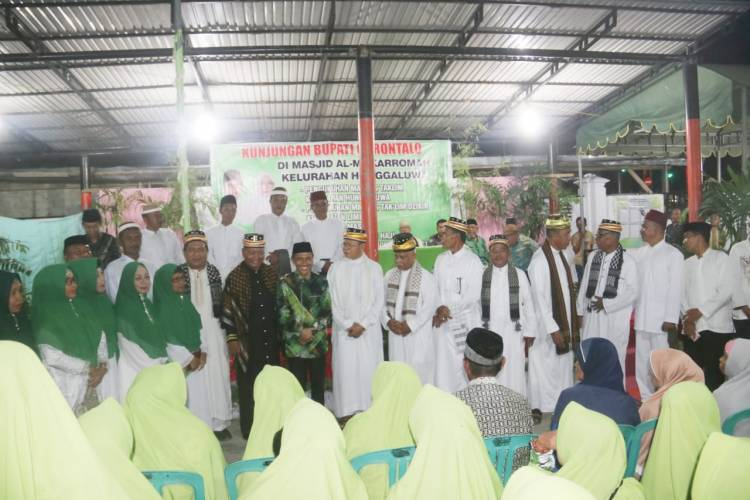 Sang Profesor Membangun Kabupaten Gorontalo Melalui Tiga Pilar