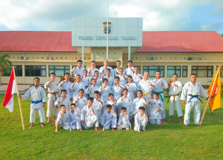 Karateka Lemkari Talaud Laksanakan Ujian Kenaikan Tngkat Gashuku