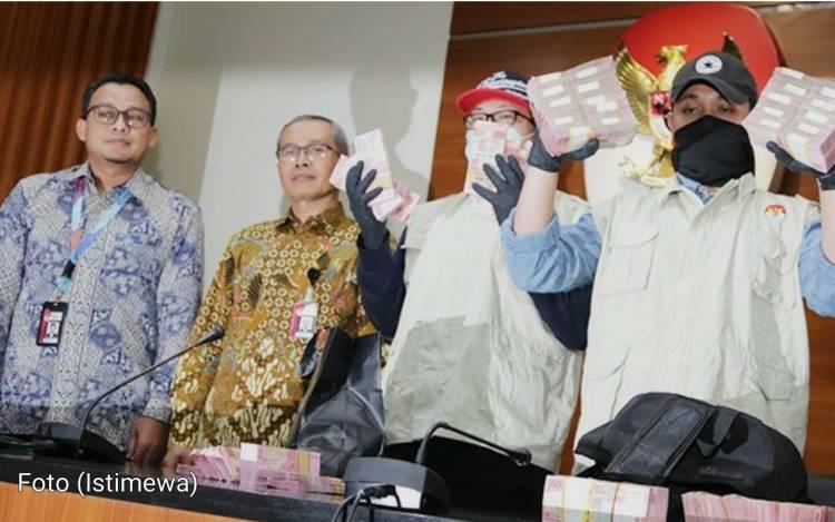 """""""Akibat   fee Proyek"""" Tangkap Tangan Di Sidoarjo, Akhirnya Ditetapkan Tersangka Oleh KPK"""