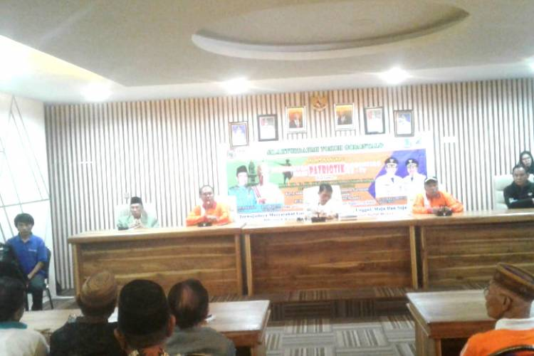 Bupati  Prof. Nelson Pomalingo Silaturahmi Dengan KKIG Manado