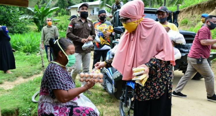 Dianggap Paling Lemah Karena Perempuan, Idah Syahidah Justru Aleg Yang Rutin Turun Temui Rakyat