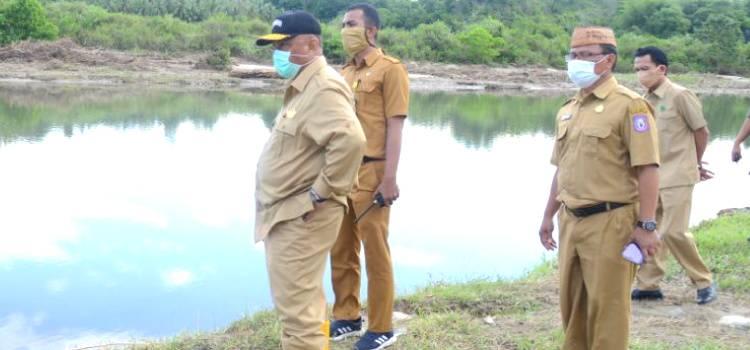 Gubernur Gorontalo Tinjau Tanggul Yang Roboh Saat Banjir