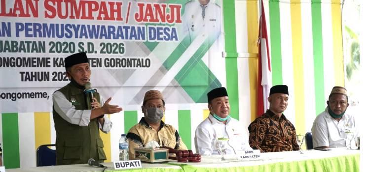 Lewat Sumpah Janji, Nelson Pomalingo : BPD  Harus Jadi Mitra Kepala Desa Yang Baik
