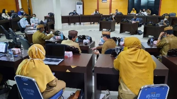 Adnan Dorong Kabupaten Kota Percepat Penyerapan Dana Transfer
