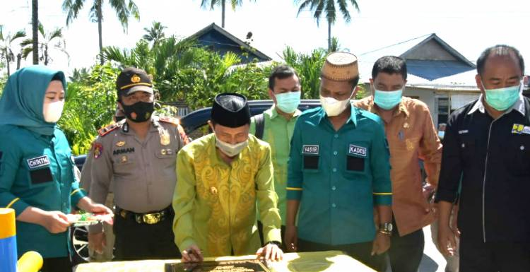Program Kotaku di Desa Mongolato Diresmikan Bupati Gorontalo