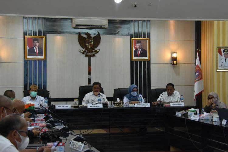 Bupati Gorut Pimpin Rapat Pleno BKSU